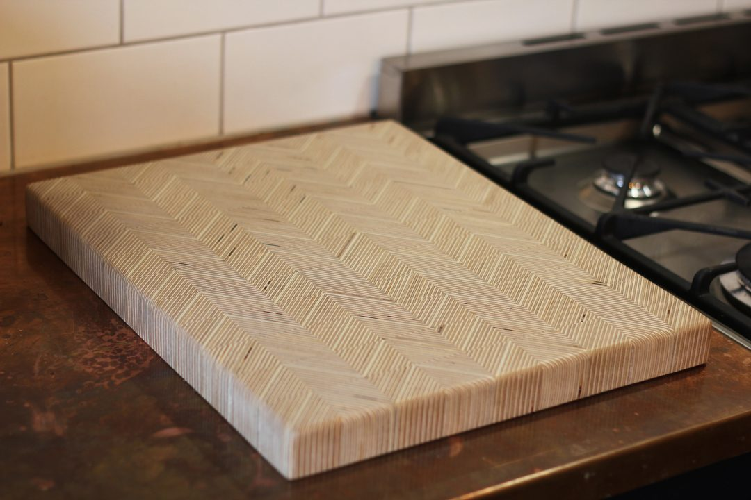 'PLY LINES' CHOPPING BOARD
